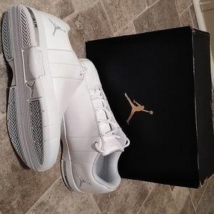 fe091396e9a689 Nike Shoes - JORDAN TE 2 LOW BG